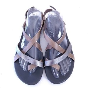 OluKai Upena Strappy Slingback Flat Sandal 10